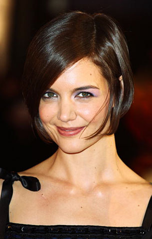 Katie Holmes Pixie Haircut on Katie Holmes Haircut Side Part